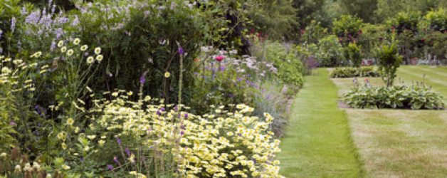A Quintessential English Garden